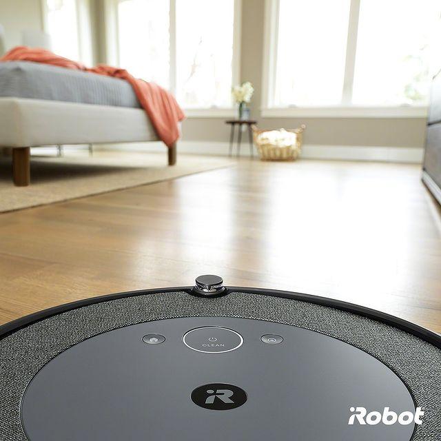 Evinizi mükemmel bir şekilde temizleyen Roomba i3+'ın temizleme alanı sınırsızdır! 💪🏻💪🏻💪🏻 💚🤖  #iRobot #Roombai3Plus #RobotSüpürge