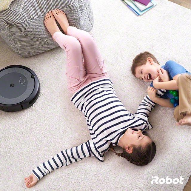 Yapılan her saat temizliğin, insan psikolojisindeki mutluluğu %1 oranında artırdığını biliyor muydunuz? Roomba i3 ile uygulayacağınız rutin temizlik sizin ve ailenizin daha iyi hissetmesini sağlar. 🤗💚  #iRobot #Roombai3 #RobotSüpürge
