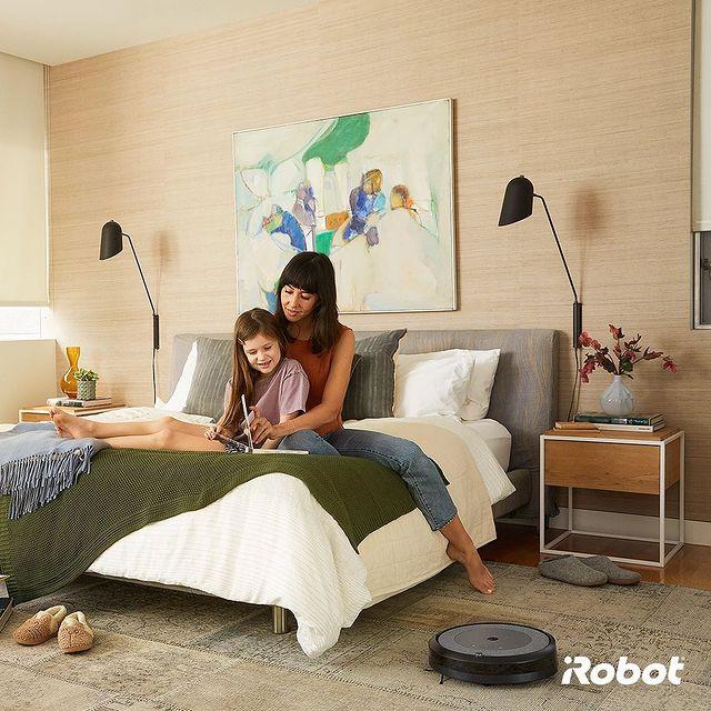 Siz değerli vaktinizi çocuğunuzla geçirin, Roomba akıllı robot süpürge evinizi dip köşe temizlesin. Roomba ile vaktiniz size kalsın. 🤗💚  #iRobot #RobotSüpürge #Roomba606 #Roomba605 #Roomba693 #Roomba975 #Roomba976 #RoombaS9 #RoombaS9Plus #RoombaCombo #Roombai3 #Roombai3Plus #Roombai7 #Roombai7Plus