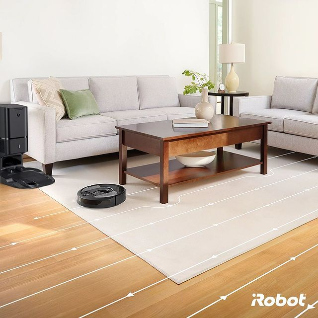Tüm evinizi tek seferde temizlemek istemiyor musunuz? iAdapt 3.0 Navigasyon sistemine sahip Roomba i7+ akıllı robot süpürgenizi oda oda yönlendirebilir, planlanmış temizlik rutinleri oluşturabilirsiniz.  #irobot #roomba #roombai7plus #akıllırobotsüpürge #vaktinizsizekalsın